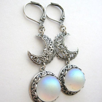 Moon, Earrings, Silver Moonstone Earrings, Moonstone Jewelry, Crescent Moon, Moon Jewelry, Enchanted Moon, Full Moon, Antique Earrings