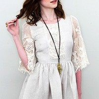 Cameo - Sahara Lace Short Sleeve Dress - DRESSES
