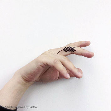 Small leaf   - Temporary Tattoo T255