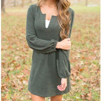 Green lantern sleeve v-neck dress