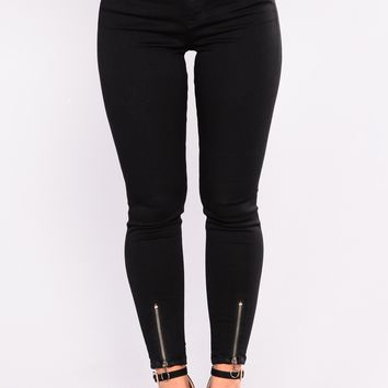 So Done With You Ankle Jeans - Black