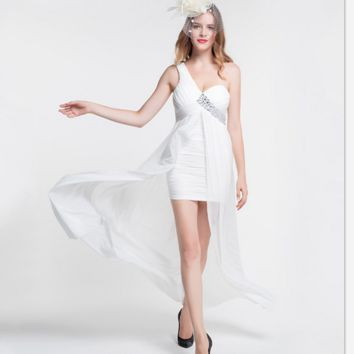 New fashion shoulder wrapped chest sexy dress strained irregular red dress