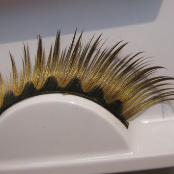 Popular gold masquerade lips wave lengthen false eyelashes
