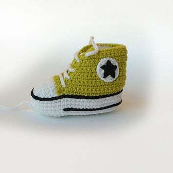 Lemon green crochet baby sneakers, Baby crochet shoes, Converse baby booties, Converse shoes, Toddler Converse
