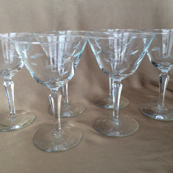 Etched Martini Glasses, Libbey Windswept, Leaf Etched, Beveled Prism Stem, Set of Six, Classic Barware, Glamour Glassware, Hollywood Regency