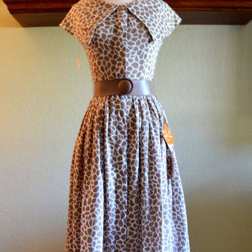 Vintage Giraffe Print Dress by Jonathan Logan, New Old Stock, Button Down Dress w/Shawl Collar, Size 7, 1960s