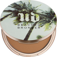 Bronzed (matte medium-dark bronzer)