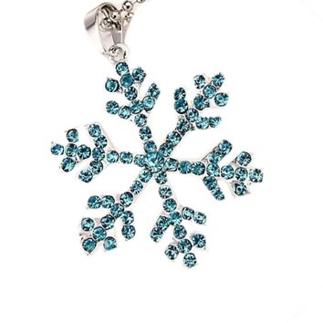 Trendy Charming Jewelry Pendant Long Necklace Snowflake Shaped Color Blue White Light Blue
