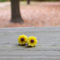 Tiny Sunflower Earrings by cynicalredhead on Etsy