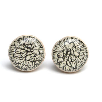 Black and white flower studs flower jewelry spring post earrings eco friendly jewelry, wood earrings, minimalist jewelry eco fashion for her