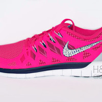 Women's 2014 Nike Free Run 2014 in Hyper Pink /Deep Royal
