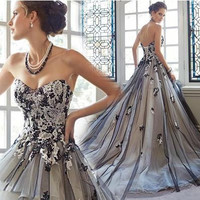 New A Line Embroidery Sweetheart Off The Shoulder Sleeveless Court Train Black Satin Bridal Wedding Dress Wedding Gown 10270