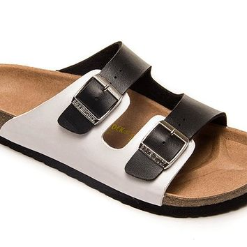 2018 Birkenstock Classic, Arizona Sandals Couples Slippers - Black/White