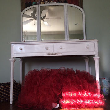 Antique vanity/desk with mirror