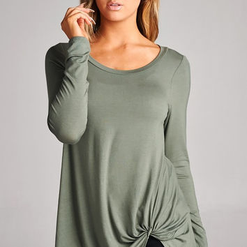 Olive twisted knotted front top/tunic, adorable, these tops are so fun and versatile
