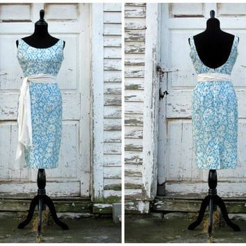 Glamorous Hollywood Starlet 1950s Dress by AutumnandYosVintage