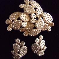 TORTOLANI Brooch Earrings Set, Prickly Pear Cactus, Gold Tone, Signed Vintage