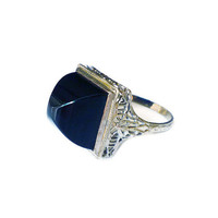 Art Deco Ring 14K White Gold Black Onyx Pyramid Filigree Antique Jewelry