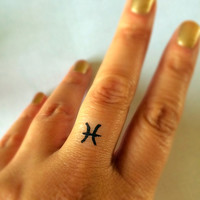 Pisces Temporary Tattoo / Fake Tattoos / Finger Tattoos / Zodiac Sign