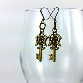 Key Earrings, Vintage Key Charm, Antique Skeleton Key, Steampunk Earrings, Key Charms, Key Jewelry, Copper Key Earring,