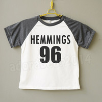 Teens Clothes Luke Hemmings T-Shirt 5 Second Of Summer T-Shirt 5Sos Shirt Teens Short Sleeve Shirt Teens Baseball Shirt Jersey Teens T-Shirt