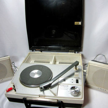 Record Player Portable Working Retro Vintage Singer Turntable Phonograph Rare At The Hop Party Time