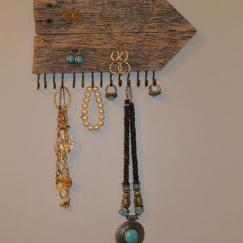 Barnwood Jewelry Holder, Jewelry Organizer, Arrow Jewelry Holder, Earring Holder, Necklace Holder , Reclaimed Barnwood Jewelry