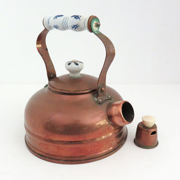 Copper tea kettle with ceramic handle - Rustic copper kettle - Vintage home decor - Cottage chic - Movie prop photo prop