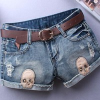 2017 Shorts Woman Sexy Skull Appliques Ripped Short Women Novelty Design Summer Blue Shorts Club Denim Jeans short