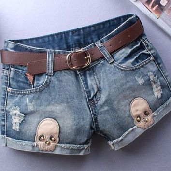 Woman Skull Appliques Ripped Short Women Novelty Design Summer Blue Shorts Club Denim Jeans short