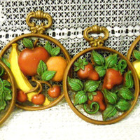 Set of 4 Vintage Sexton Cast Metal Hanging Painted Fruit Wall Plaques dated 1975 Made in the USA