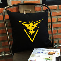 Instinct Pillow cover, Team Instinct Throw Pillow cover, Pokemon Pillow case, Instinct team, Pokémon Décor,  cotton canvas pillow cover
