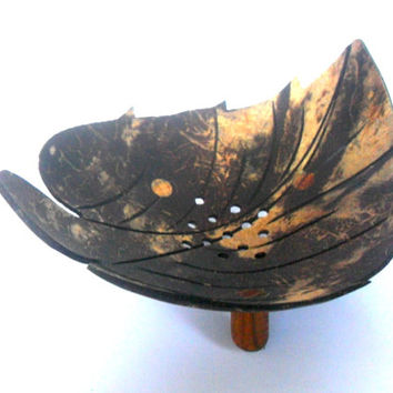 """Natural Coconut Shell Soap Dish Leaf shape Hand Carved Handmade wooden Carving Soap Dish Home Art Decor / Zen Art / Gift 5.25""""X4.25""""X2.5"""""""