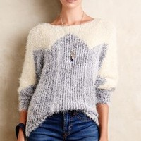 Zigged Formation Pullover