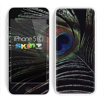 The Dark Peacock Spread Skin for the Apple iPhone 5c