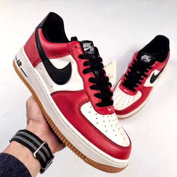 NIKE AIR FORCE 1 Chicago Color