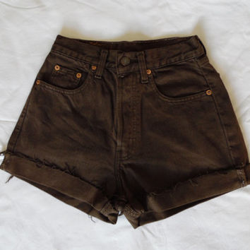 High waisted brown Levis denim jean shorts 80s vintage retro rolled up frayed button fly Levi 891 jean shorts XS Small