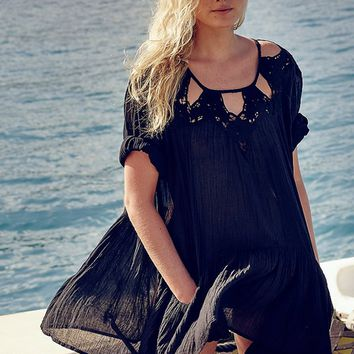 Hollow Out Lace Loose Beach Dress B005304