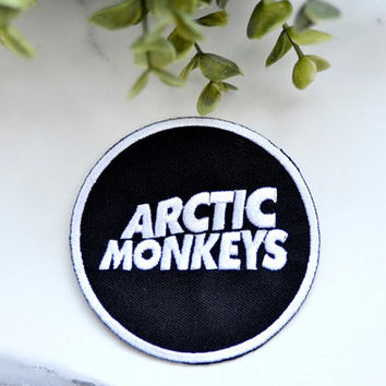 ARCTIC MONKEYS Music Iron on Patch Band Group Retro 80's Round Clothing Accessories Embroidered Badge Pin Patches Motif
