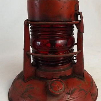 Vintage Dietz Railroad Lantern Traffic Gard No. 40, Red Globe, Syracuse NY, Railway Memorabilia Collectible, Mancave Industrial Decor