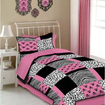 Veratex Indoor Bedroom Decorative Bedding Accessories Pink Skulls Comforter Set Queen Pink