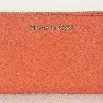 NWT Michael Kors Jet Set Travel Large Flat MF Phone case Tangerine Gift Boxed
