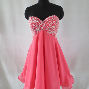 New arrival Beautiful Beaded Sweetheart Short Mini Homecoming dress Prom dress Cocktail dresses