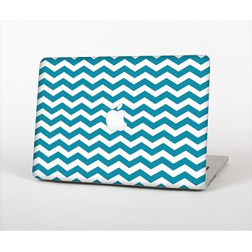 The Subtle Blue & White Chevron Pattern V2 Skin Set for the Apple MacBook Air 11""