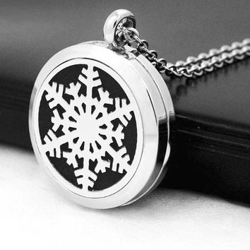 Snowflake Christmas Essential Oil Diffuser Necklace
