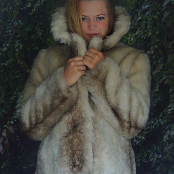 Vintage faux fur jacket / fluffy fx raccoon coat / ombré markings creamy blonde and ash boho piece