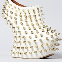 Jeffrey Campbell The Shadow Stud Shoe in White,6,White