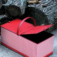 RED & WHITE LITTLE RED RIDING HOOD BASKET - Houndstooth Metal Picnic Basket