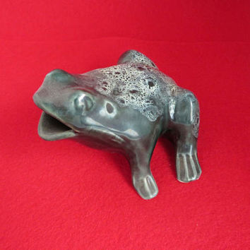 Bermuda Pottery Hand Painted Vintage Ceramic Frog
