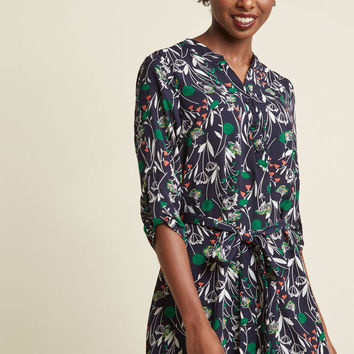 Day for Night Tunic in Navy Flora